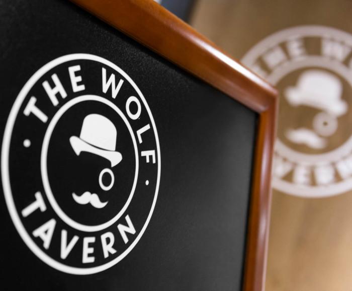 The Wolf Tavern - Barcelona Siempre